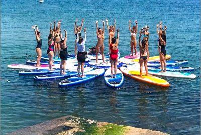 Cooles Yoga auf dem SUP - wackelige Angelegenheit